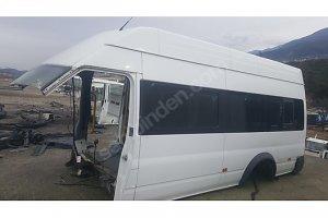 ford-transit-kupa-kabin1